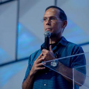 Nunca me deja solo – Pastor Jim McCann